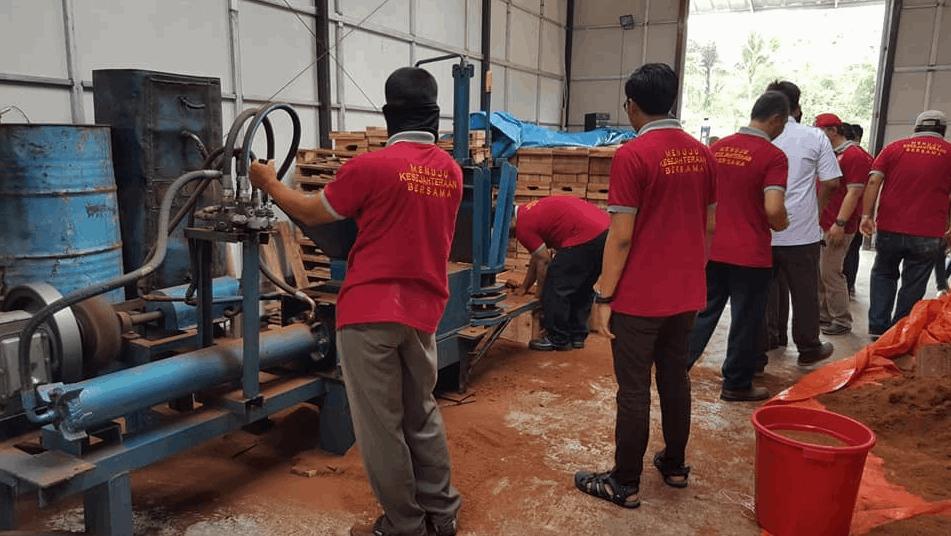 Pabrik Pengolahan Kelapa